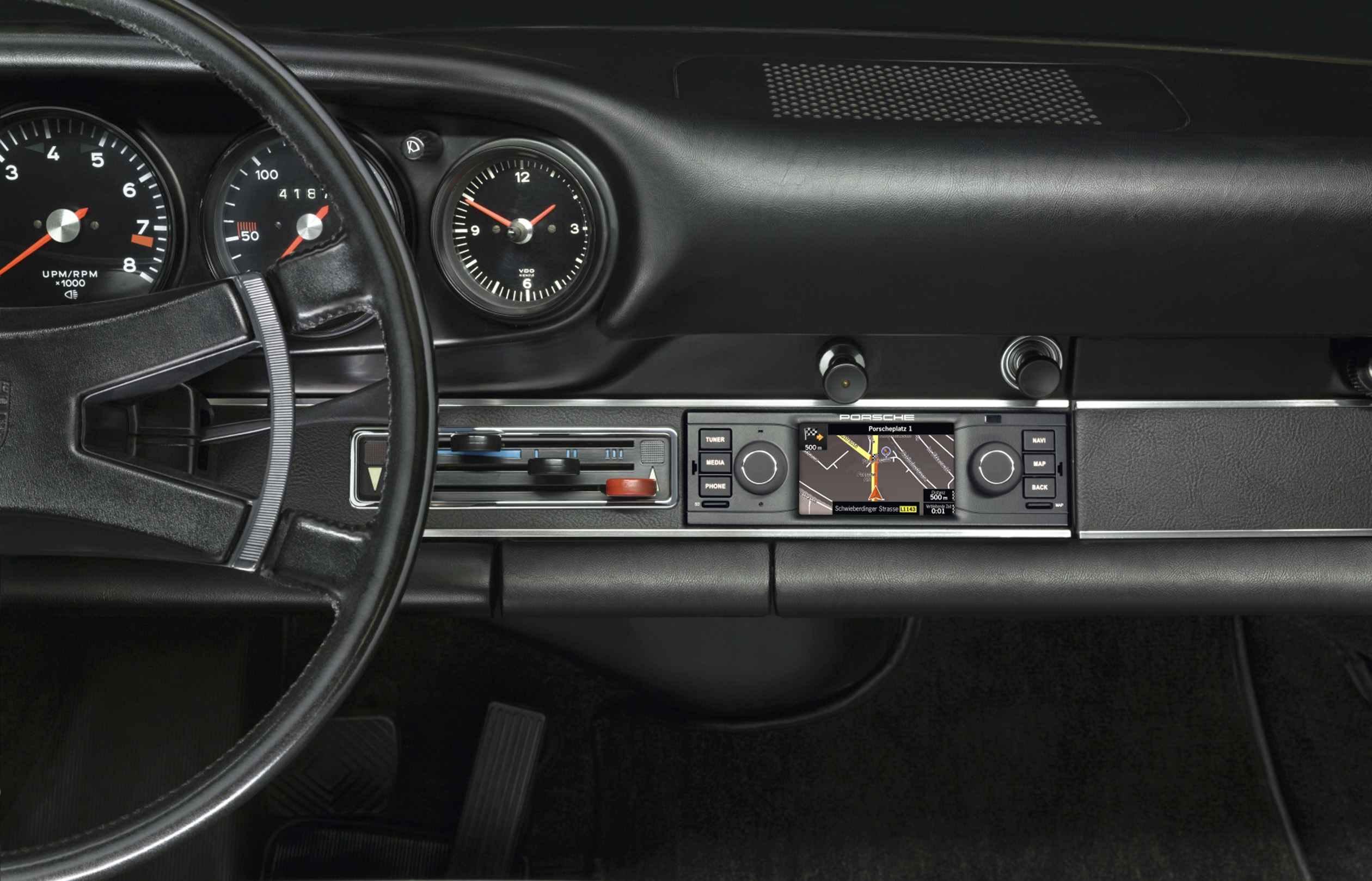 Porsche Classic navegador integrado 03