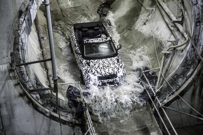 Range Rover Evoque Convertible Crossrail 2015 03