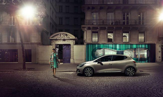 Renault Clio Initiale Paris 2015 04