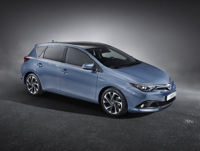 Toyota Auris 2015 04