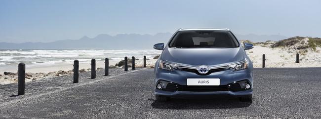 Toyota Auris 2015 12