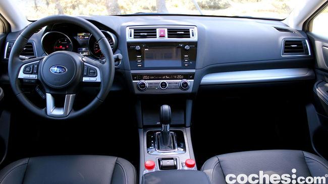 prueba Subaru Outback 2015 interior     13