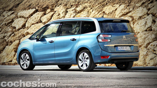 Citroën_Grand_C4_Picasso_002