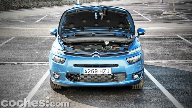 Citroën_Grand_C4_Picasso_058