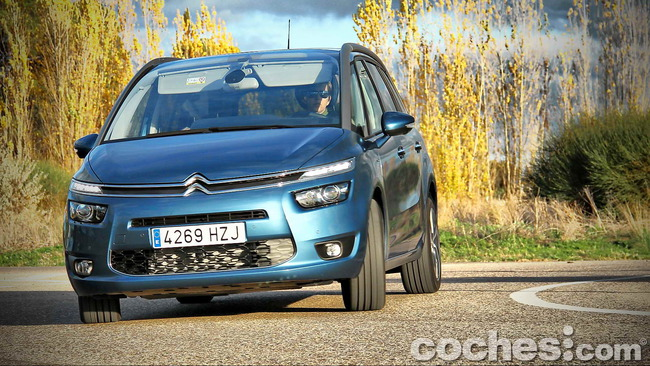 Citroën_Grand_C4_Picasso_079