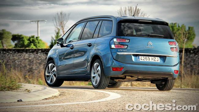 Citroën_Grand_C4_Picasso_081