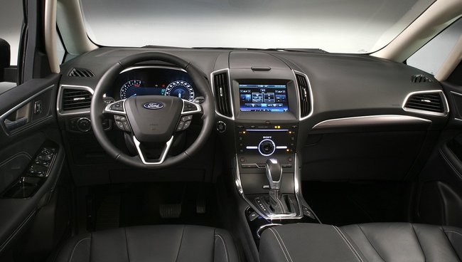 Ford Galaxy 2015 interior 01