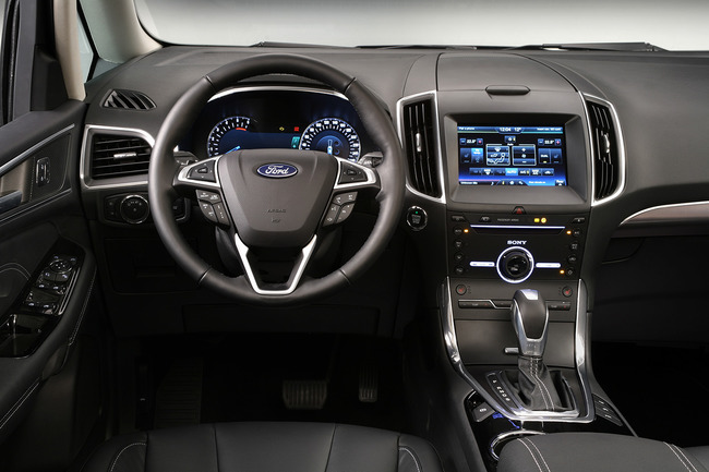 Ford Galaxy 2015 interior 03