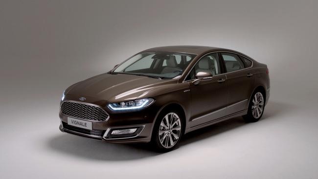 Ford Mondeo Vignale 2015 01
