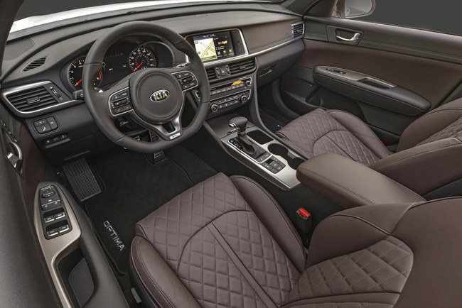 Kia Optima 2016 interior 04