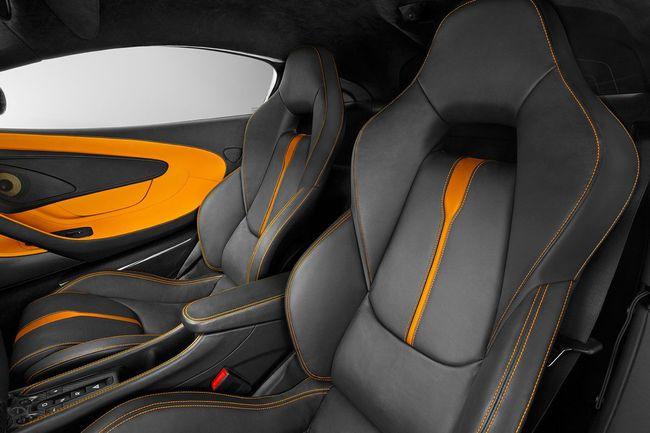McLaren 570S 2015 interior 07