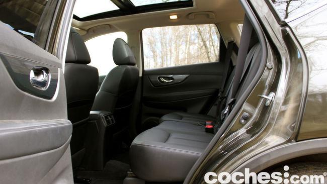 Nissan X-Trail prueba interior 01