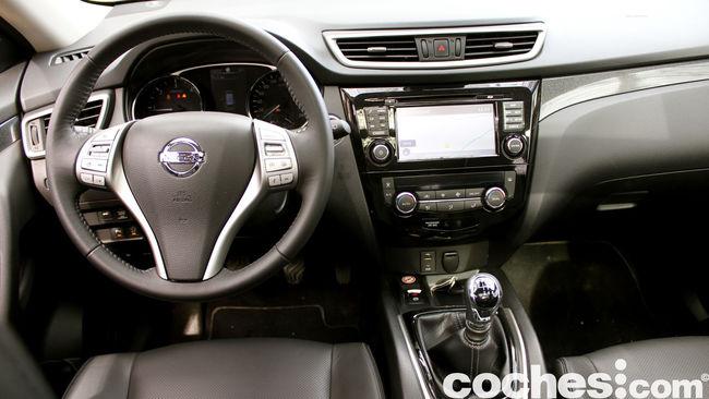 Nissan X-Trail prueba interior 05