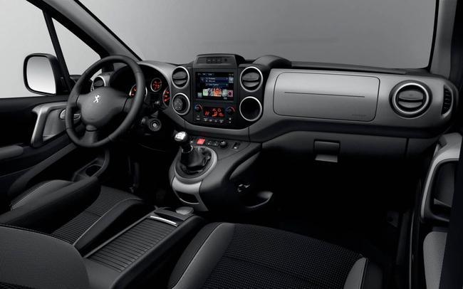 Peugeot Partner Tepee 2015 interior