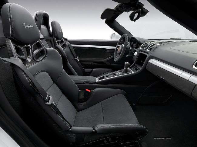 Porsche Boxster Spyder 2015 interior 01