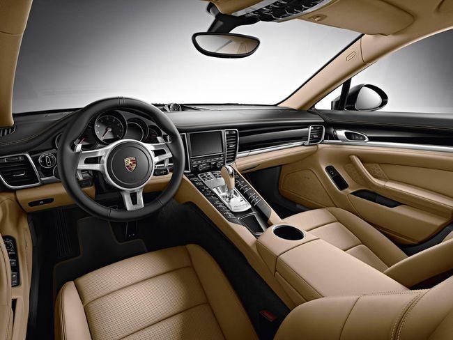 Porsche Panamera Edition 2015 interior 01
