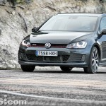 Volkswagen_Golf_GTI_Performance_080