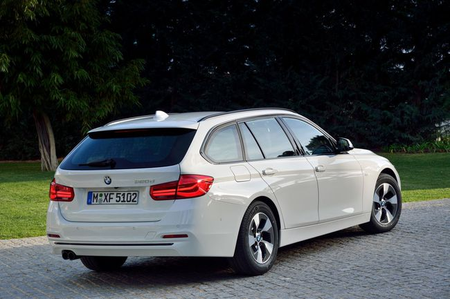BMW Serie 3 Touring 2015 Sport Line11