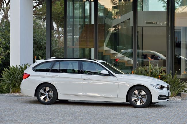 BMW Serie 3 Touring 2015 Sport Line12
