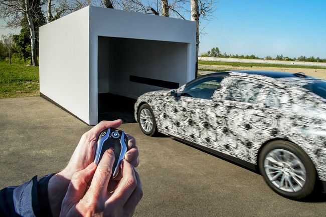 BMW Serie 7 2016 tecnologia 37