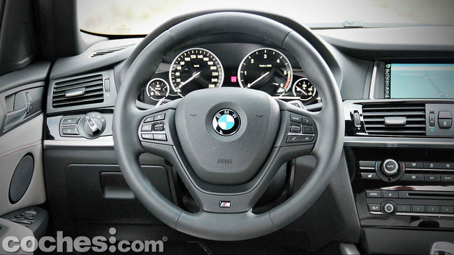 BMW_X4_xDrive30d_036