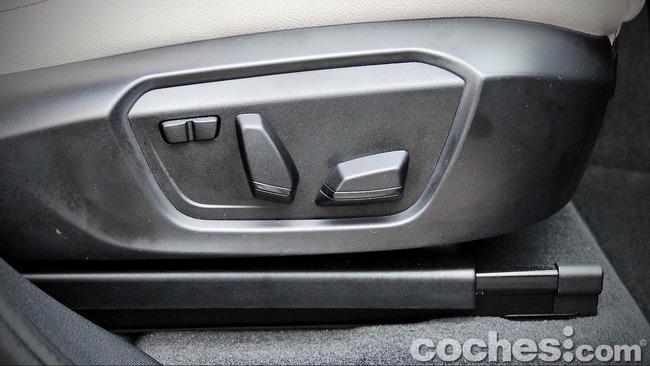 BMW_X4_xDrive30d_065