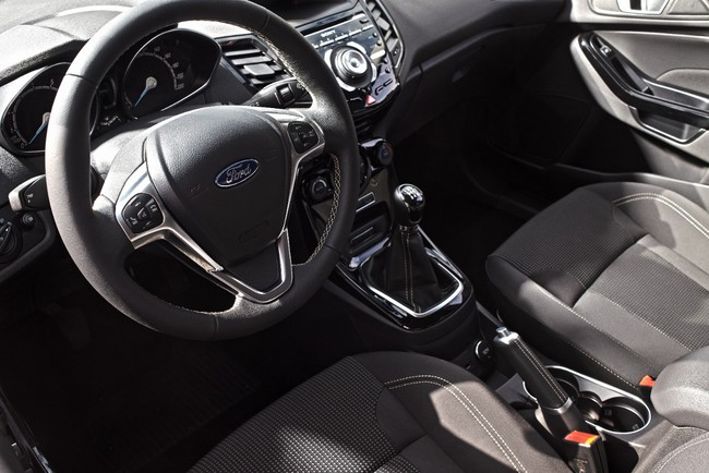 Ford Fiesta 2015 interior