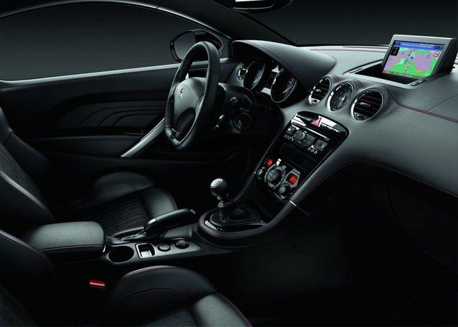 Peugeot RCZ GT Line 2015 interior 01