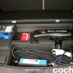 Prueba Mitsubishi Outlander PHEV 2015 espacio bajo maletero 02
