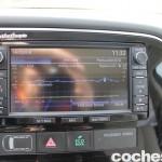 Prueba Mitsubishi Outlander PHEV 2015 pantalla 06