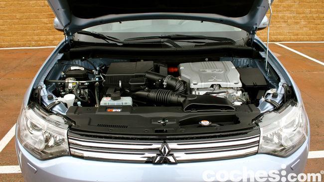 Prueba Mitsubishi Outlander PHEV 2015 sistema hibrido
