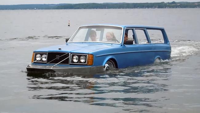 Volvo 240 Wagon Amphibious