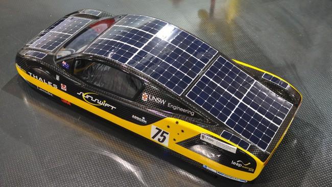 coche electrico solar record 3