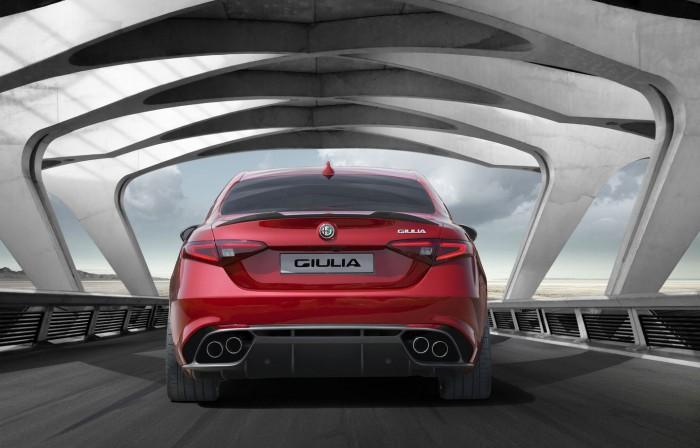 Alfa Romeo Giulia 2015 03