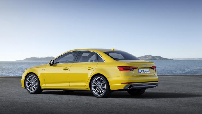 Audi A4 2015 03