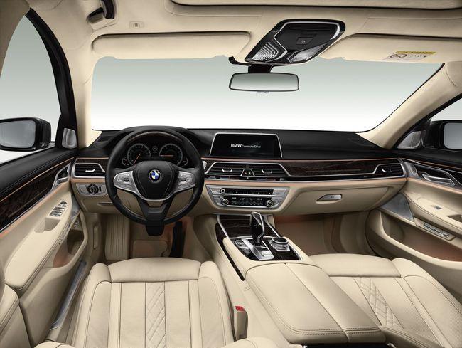 BMW Serie 7 2015 interior 04