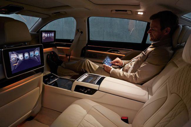 BMW Serie 7 2015 interior 12