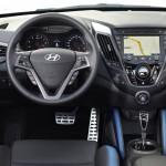 Hyundai Veloster 2015 interior 02
