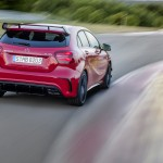 A 45 AMG (AMG Exklusiv), Jupiterrot; Interieur Schwarz / RED CUT