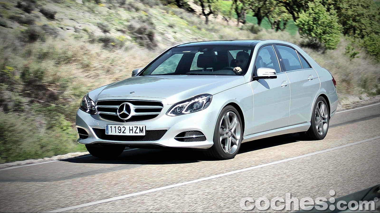 Kia carens presentaci n y prueba contacto noticias for Mercedes benz 300s