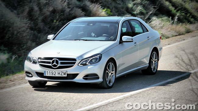 Mercedes_Benz_E_300_BlueTEC_HYBRID_072