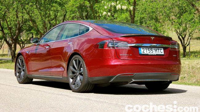 Tesla Model S prueba 2015 21