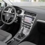 Volkswagen Golf Tsi Bluemotion 2015 interior 03