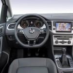 Volkswagen Golf Tsi Bluemotion 2015 interior 04