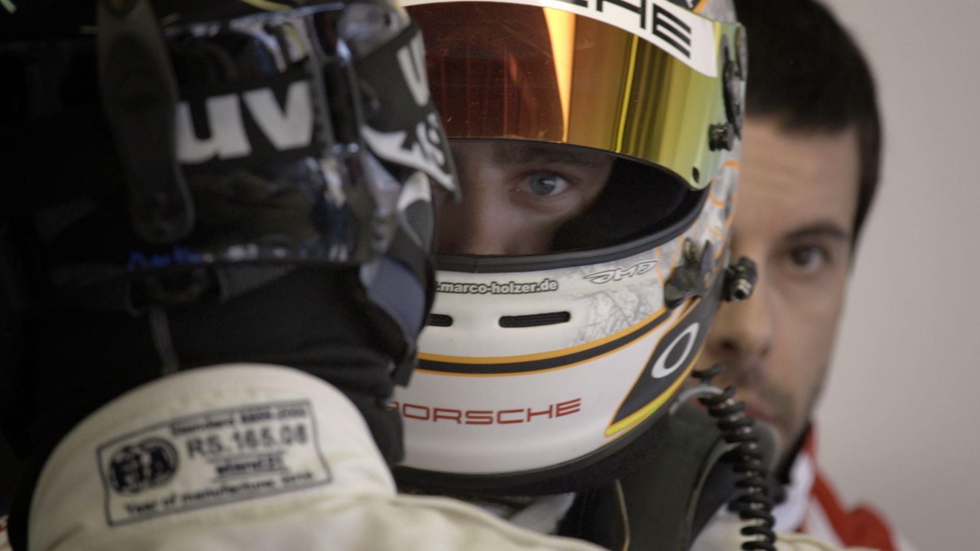 We are raceres Michelin Le Mans piloto