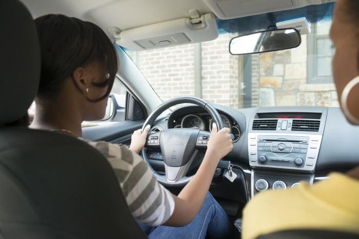 adolescente_conducción