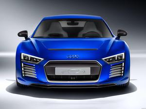 Audi R8 e-tron Piloted Driving Concept 2015