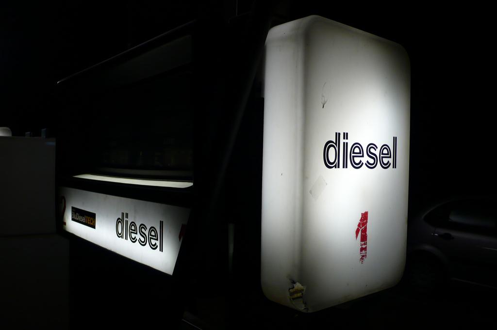 diesel-surtidor