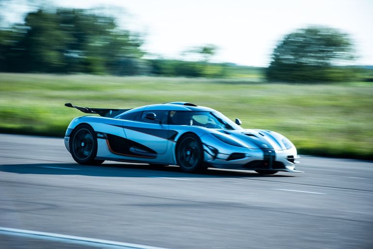 koenigsegg-one-1-0-300-0-kmh-record-3