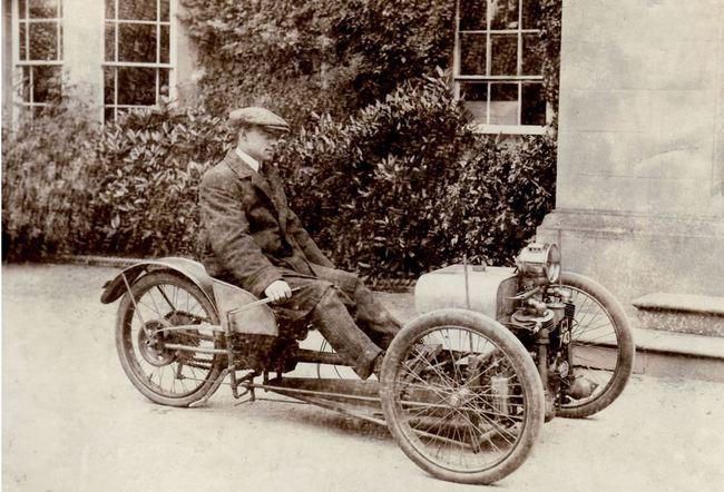 primer prototipo coche morgan